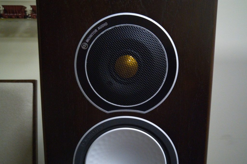 Фирменные излучатели Monitor Audio C-CAM