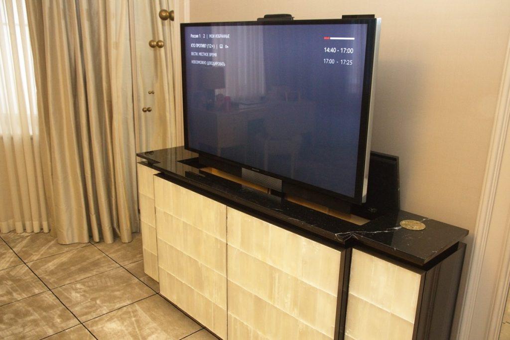 Домашний кинотеатр под ключ - 4К ТВ Bang&Olufsen
