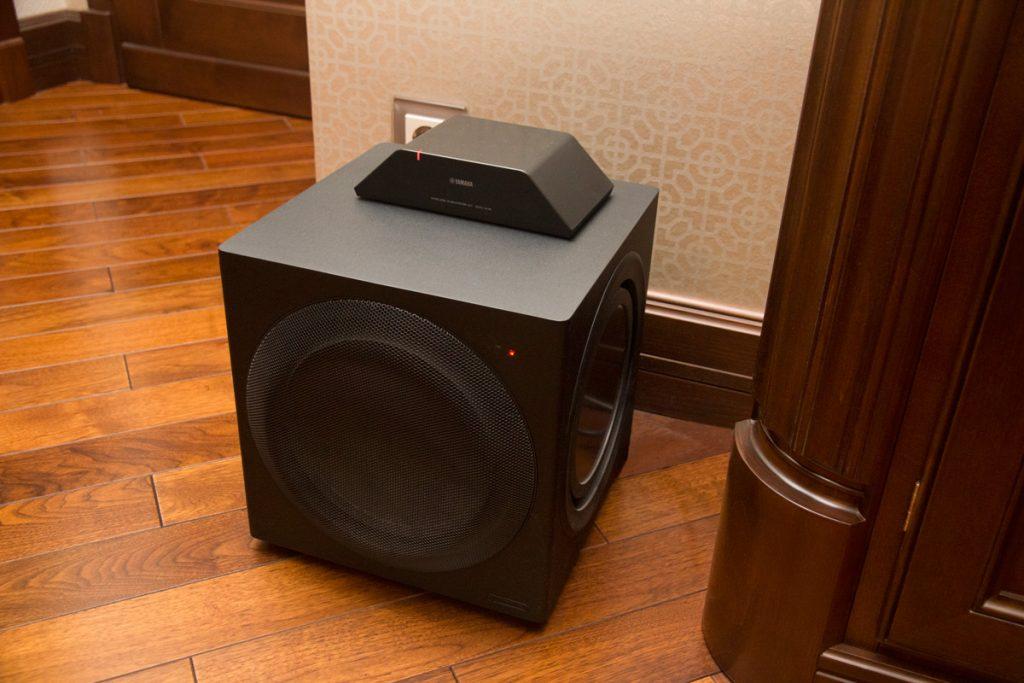 Активный сабвуфер Monitor Audio CW10