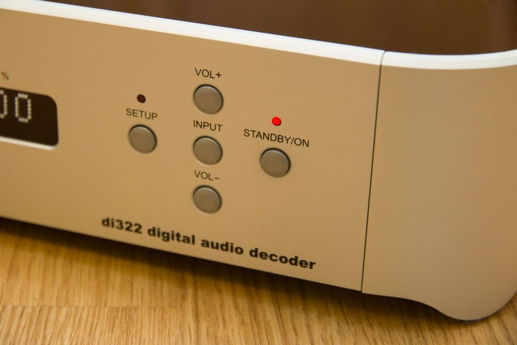 Цифро-аналоговый преобразователь Wadia di322 - органы управления